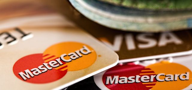 Four Interesting but Often Hidden Benefits of Credit Cards